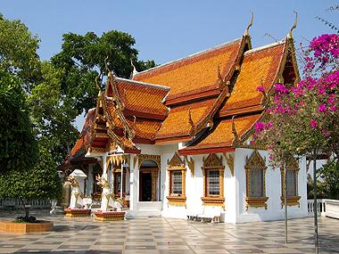 temple_bougainvilliers.jpg